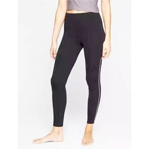 Athleta Rose Gold Zipper Black Legging
